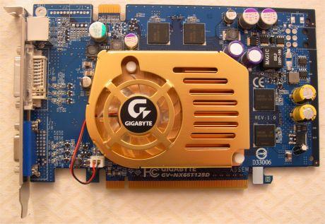 Par PCIe grafičkih kartica – MSI 6800, AOpen 6600 i Gigabyte 6600GT