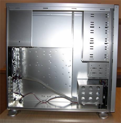 LianLiPC70-bok.jpg