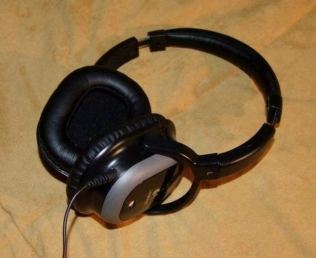 Logitech Noise Cancelling Headphones