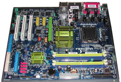 Foxconn i Intel i945P