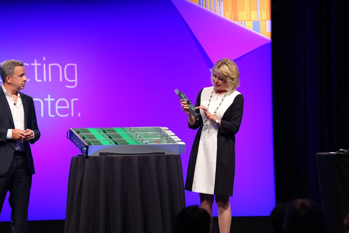 Intel predstavio nove tehnologije