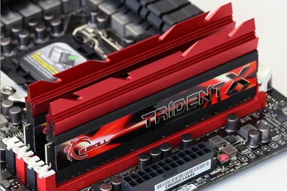 G.Skill TridentX – 4400MHz pod LN2