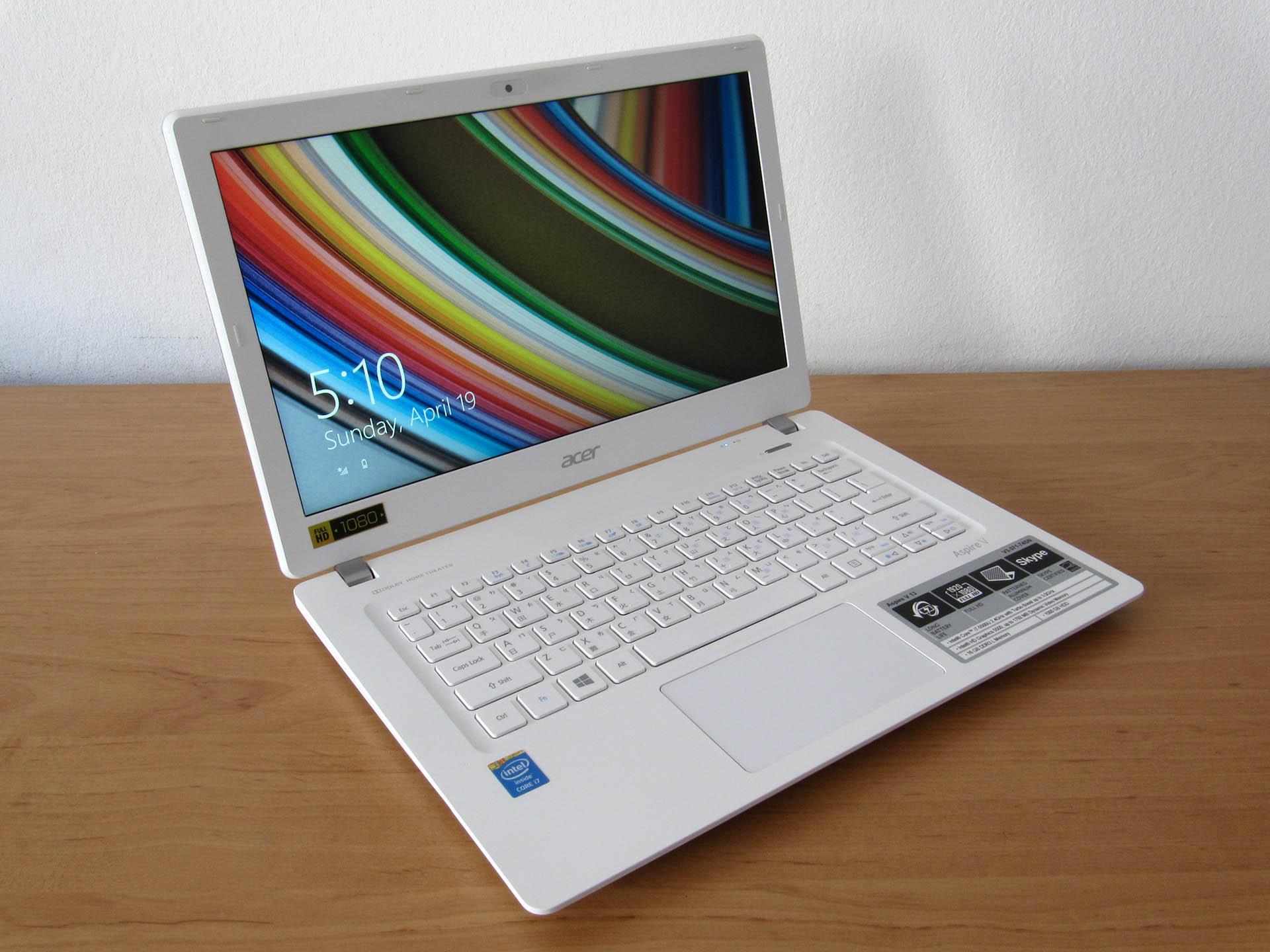Acer Aspire V13 – mali bijeli
