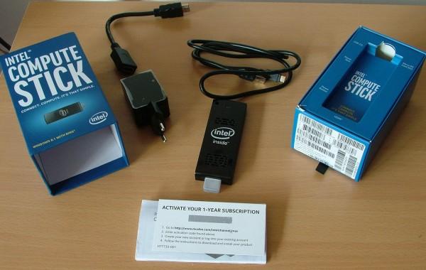 Intel_Compute_Stick_002a