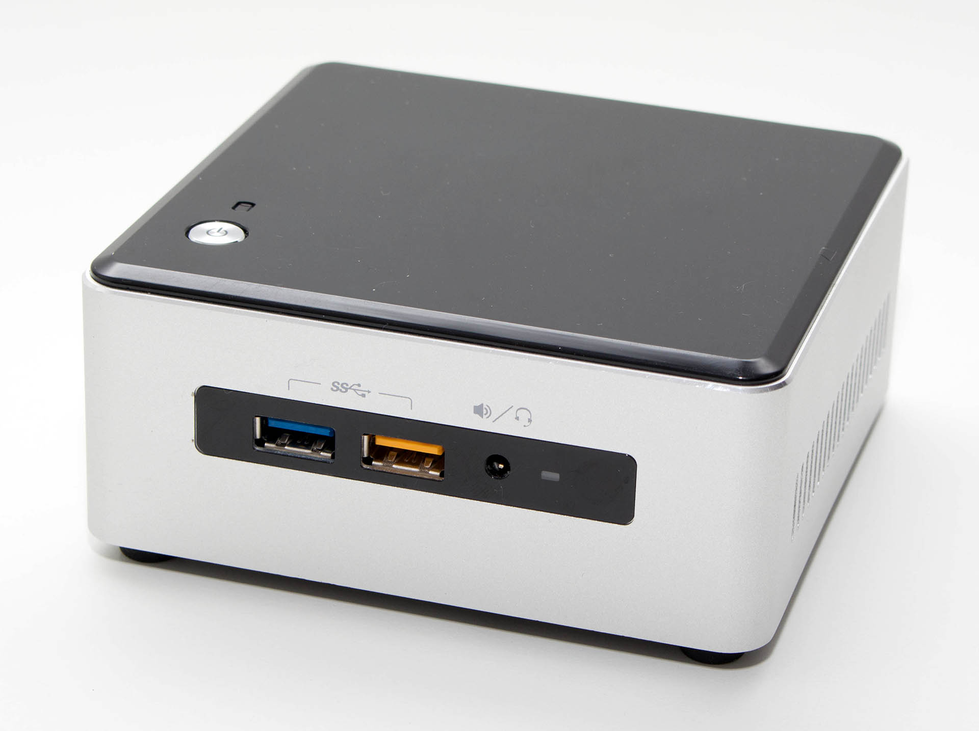 Intel NUC 6i5SYH test