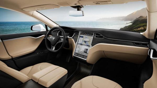 Hakeri ukrali Tesla automobil s pametnim telefonom [video]