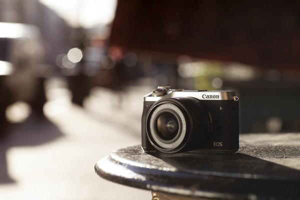 Canon EOS M6 (ambient)