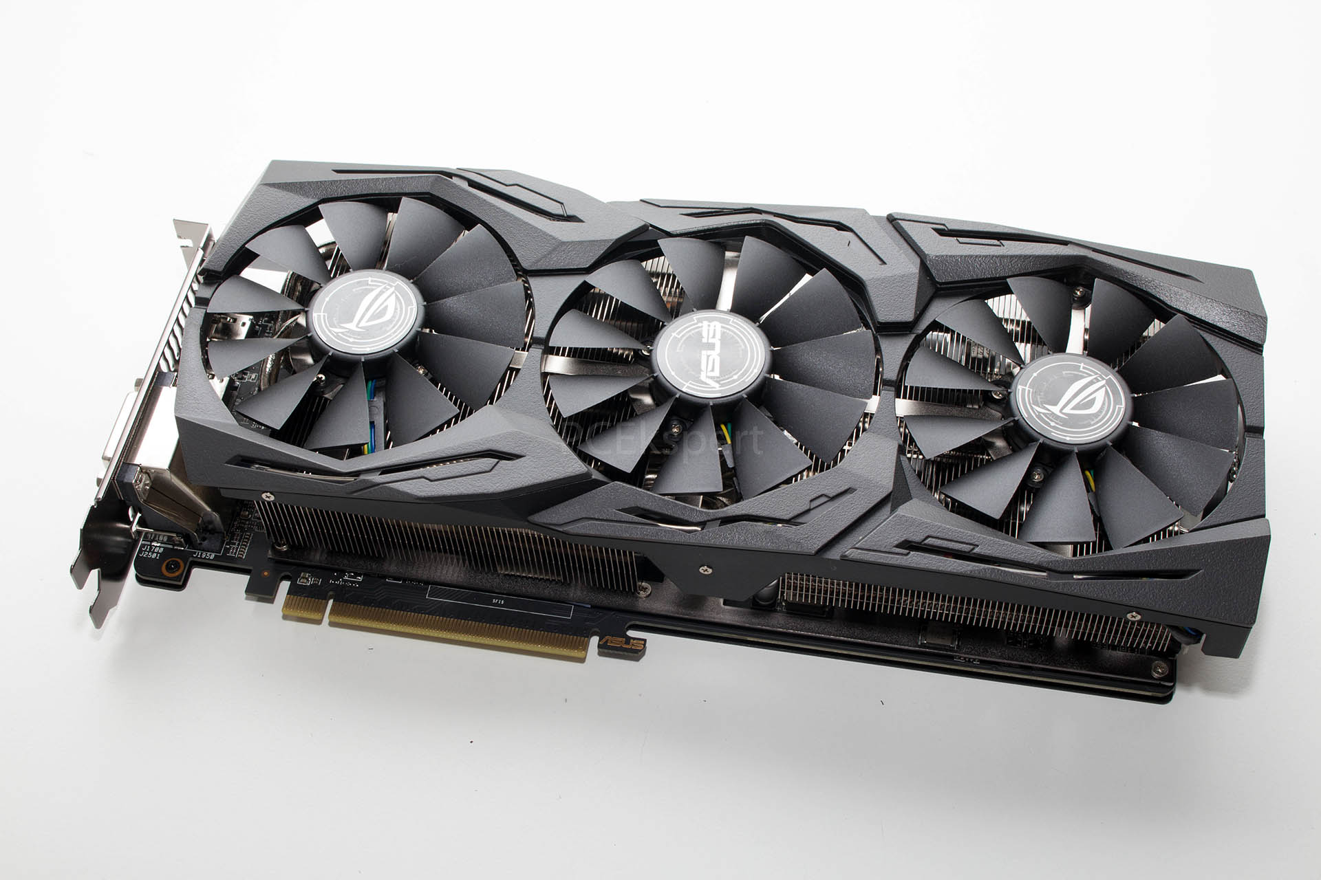 ASUS STRIX RX 580 8GB TOP Gaming recenzija i CrossFire testovi
