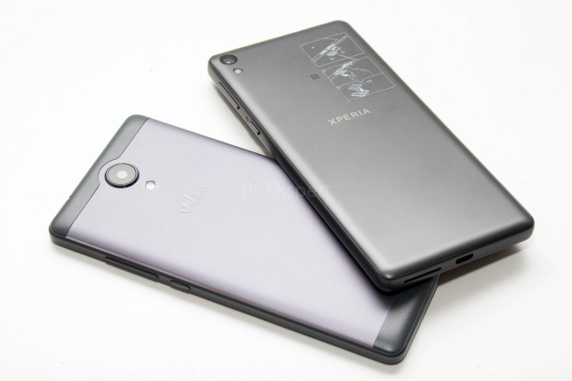 Usporedni test – Sony Xperia E5 vs. Wiko U Feel Lite