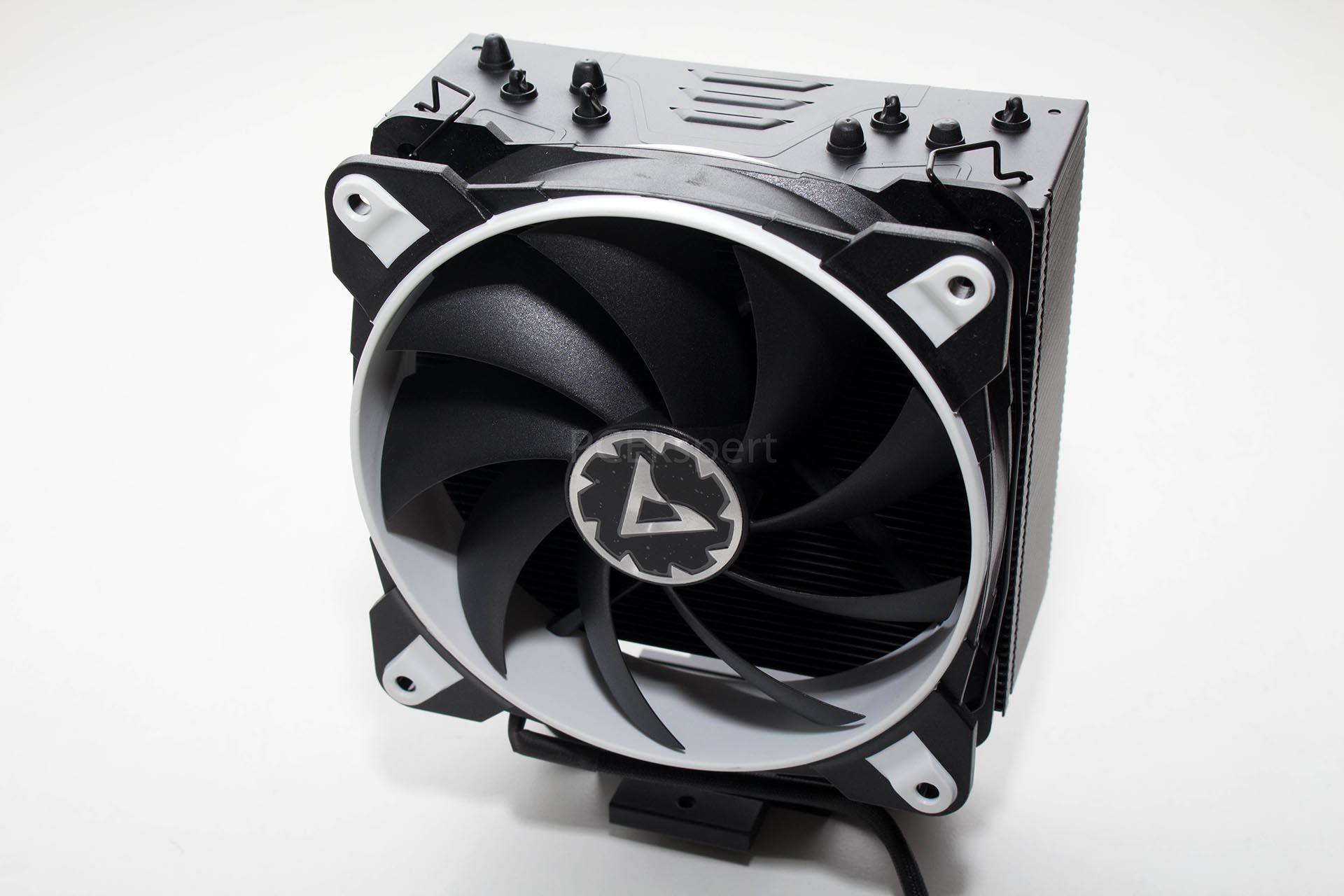 Arctic Freezer 33 TR recenzija