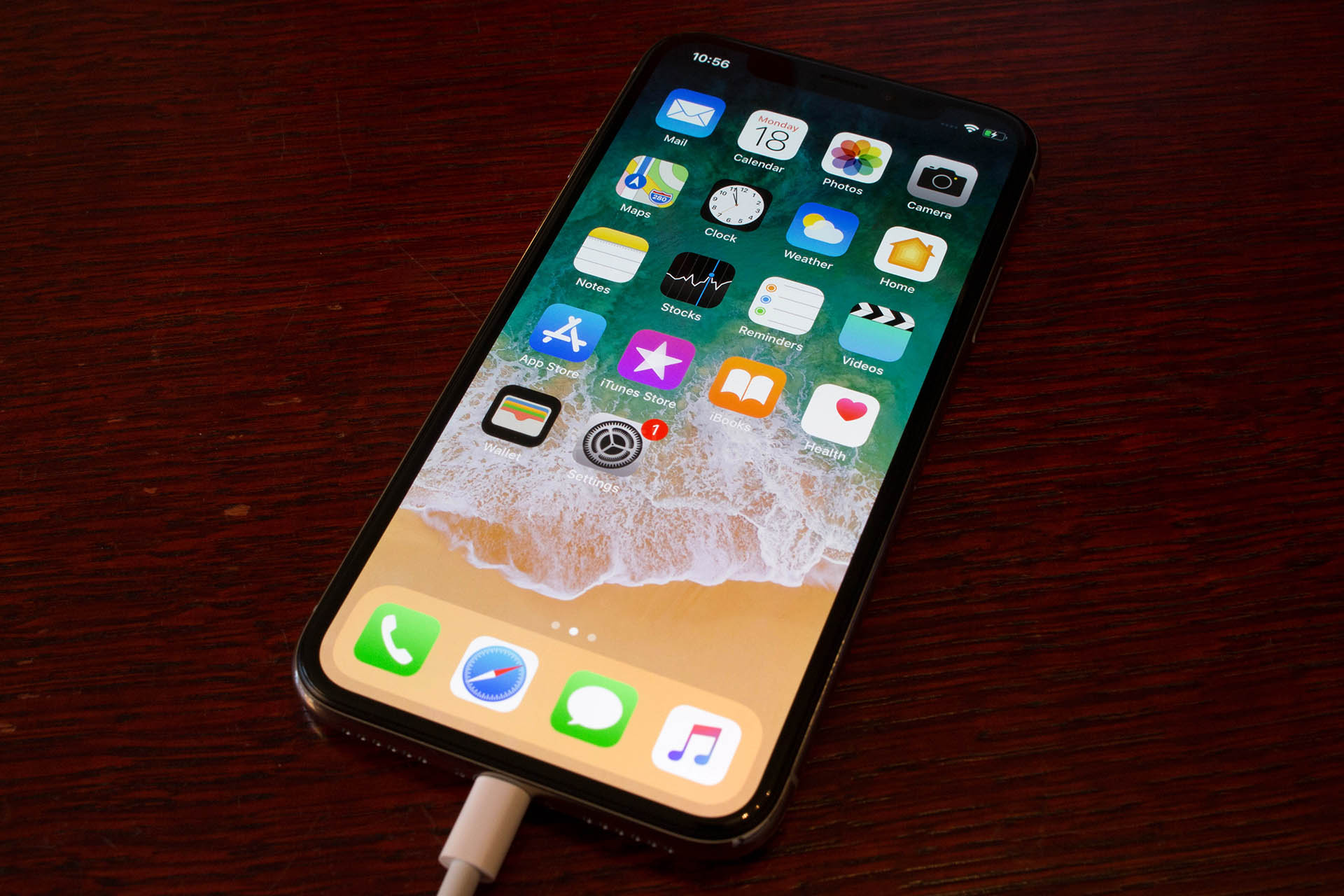Apple iPhone X recenzija