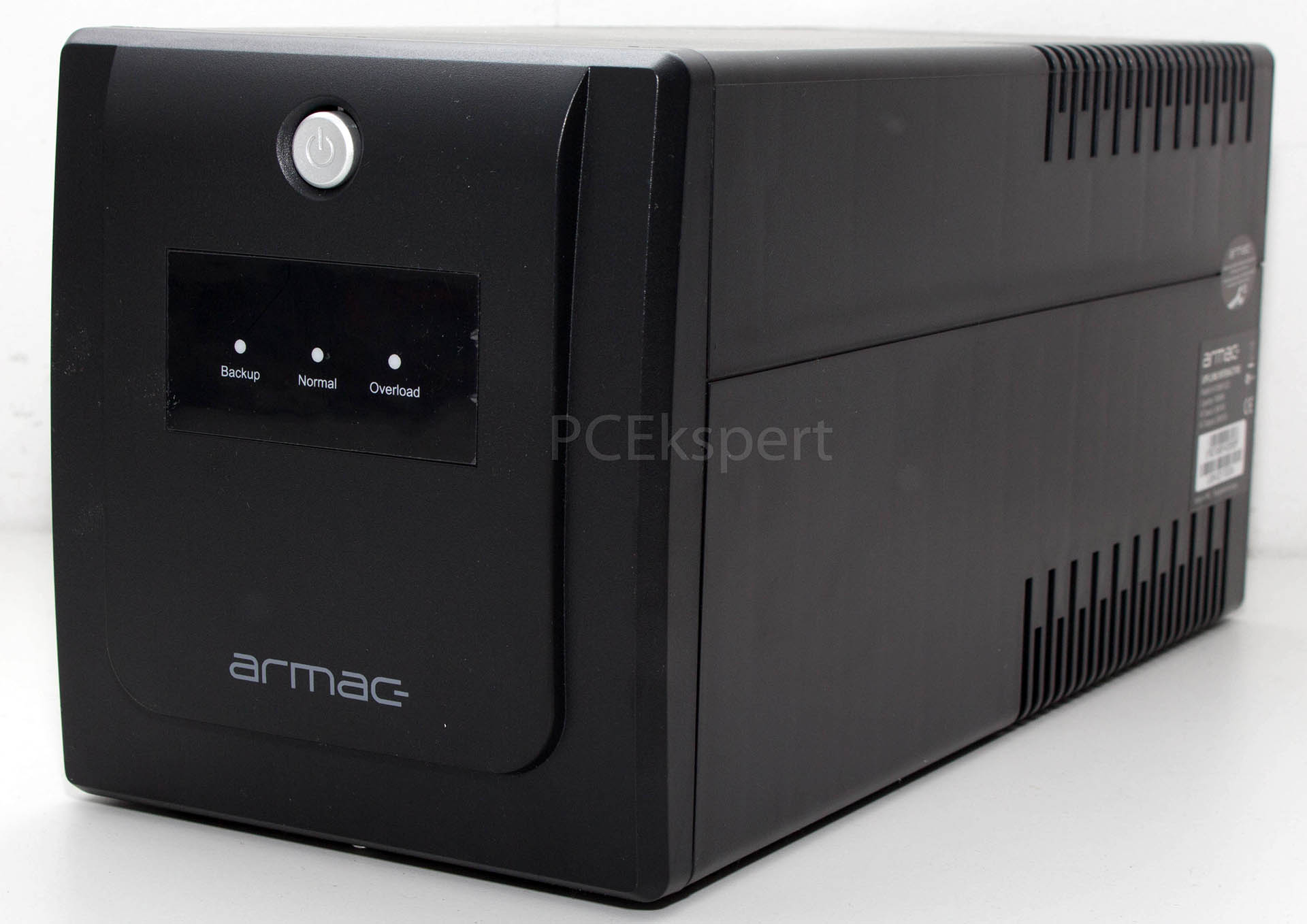 Armac Home 1000F UPS recenzija