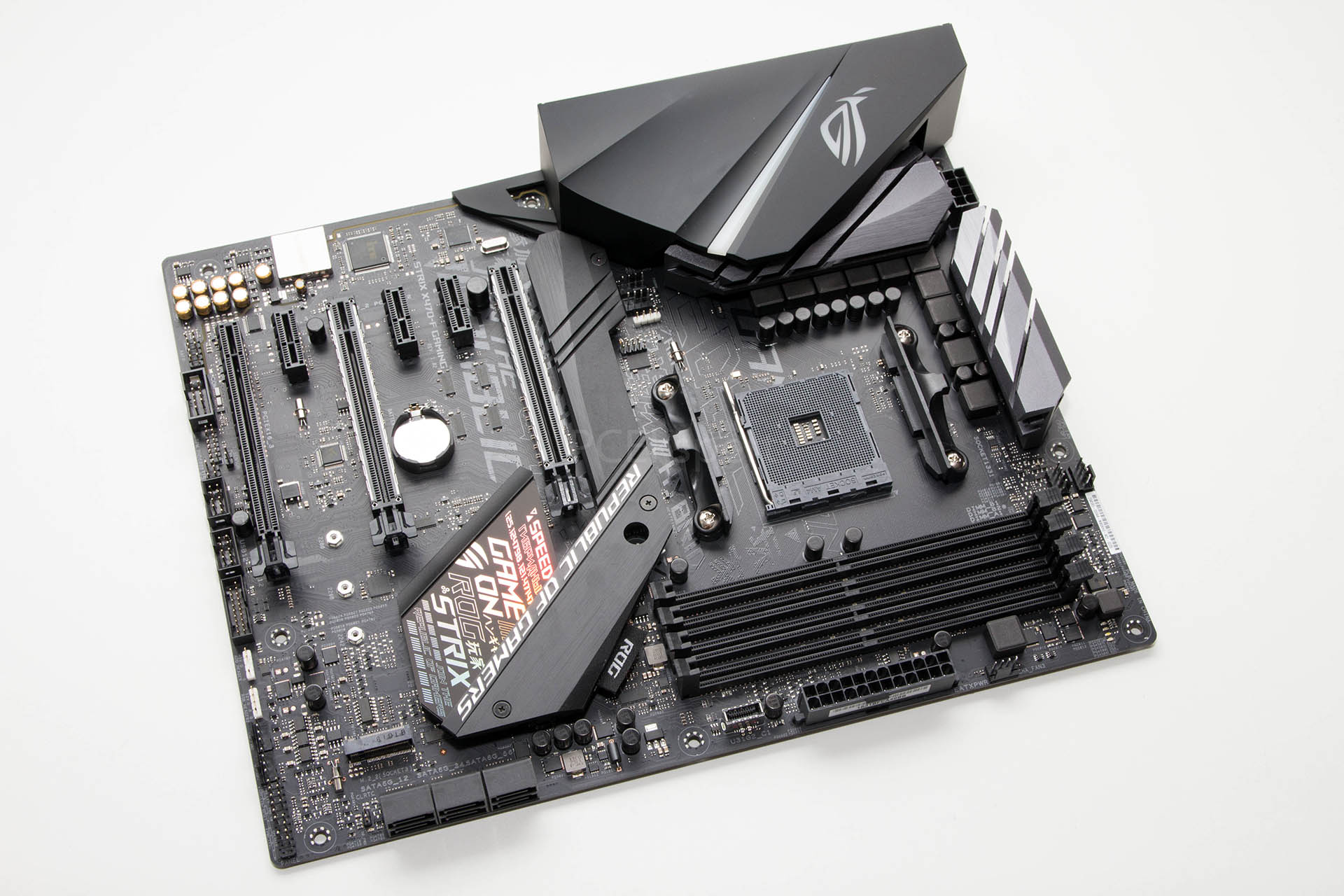 ASUS ROG Strix X470-F Gaming recenzija