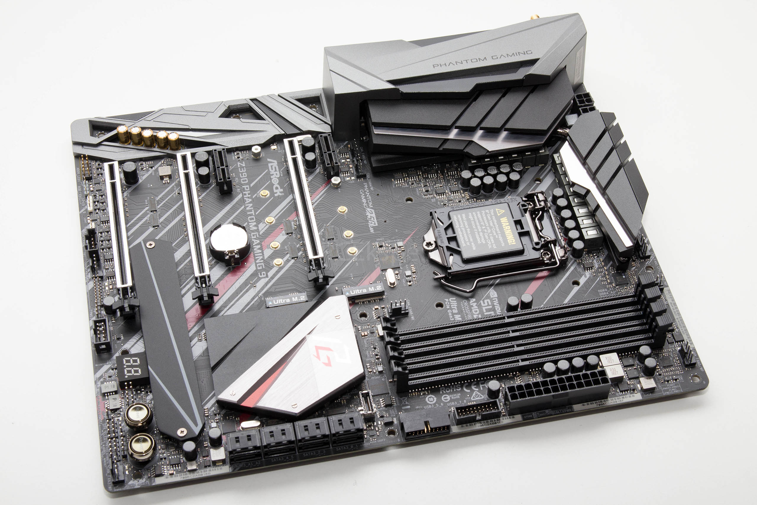 ASRock Z390 Phantom Gaming 9 recenzija