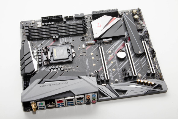asrock_phantom_gaming_9_6