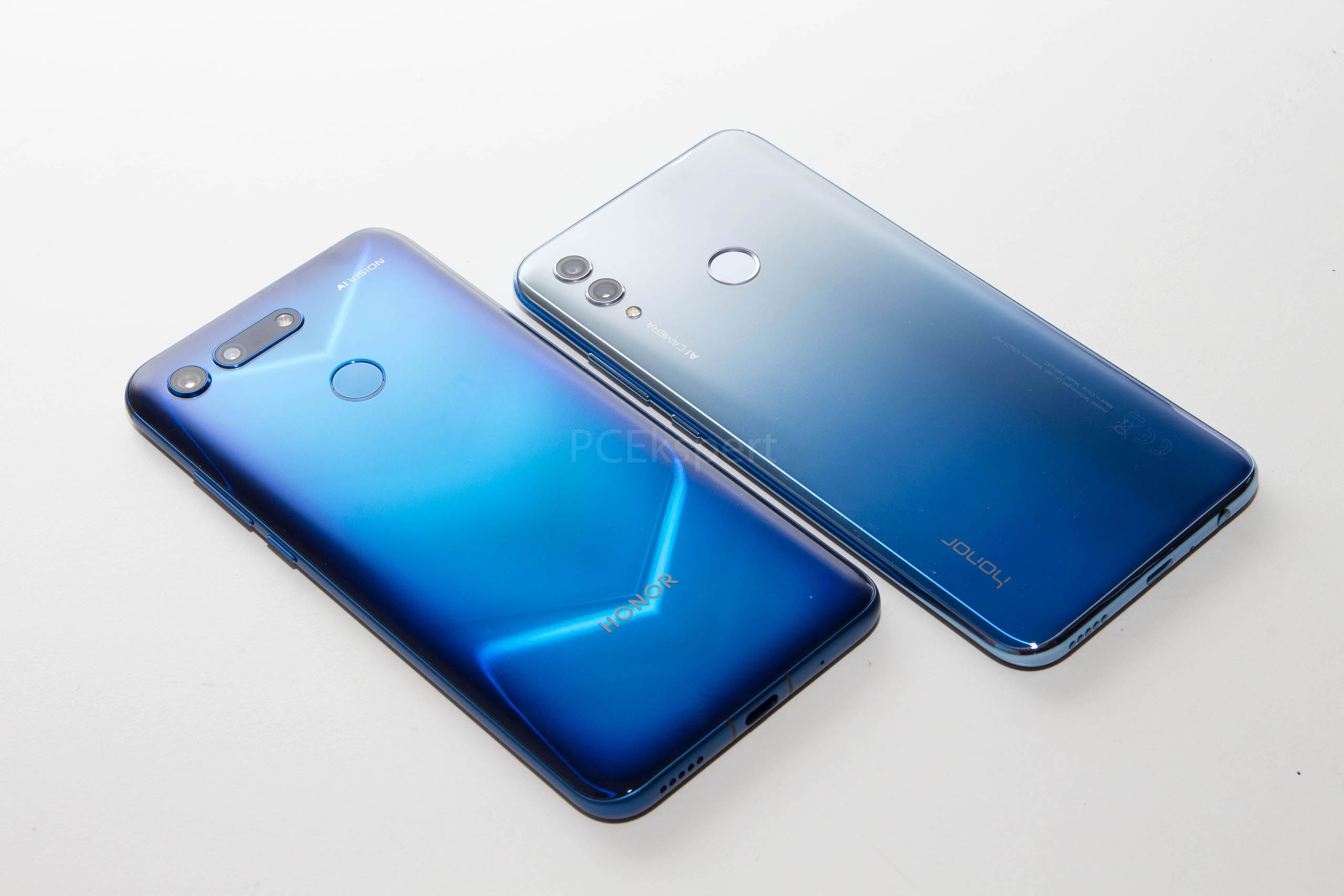 Honor View20 & 10 Lite recenzija