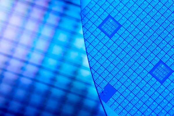 Novi CEO Intela objašnjava kašnjenje 10 nm procesa