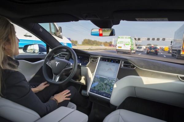 BMW, Audi (i ostali) s Intelom za 12 sigurnosnih principa za samovoze