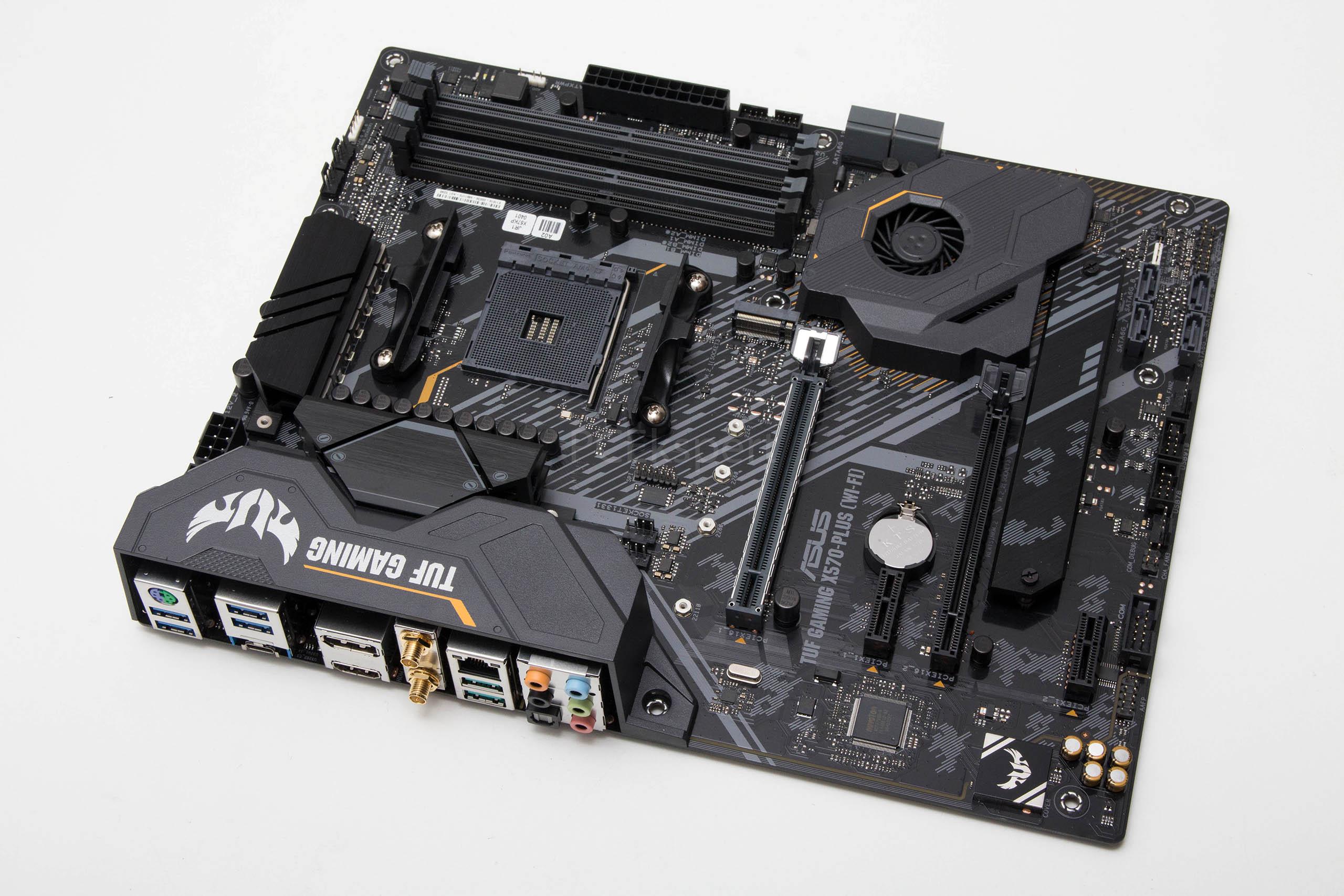 ASUS TUF Gaming X570-PLUS WiFi recenzija