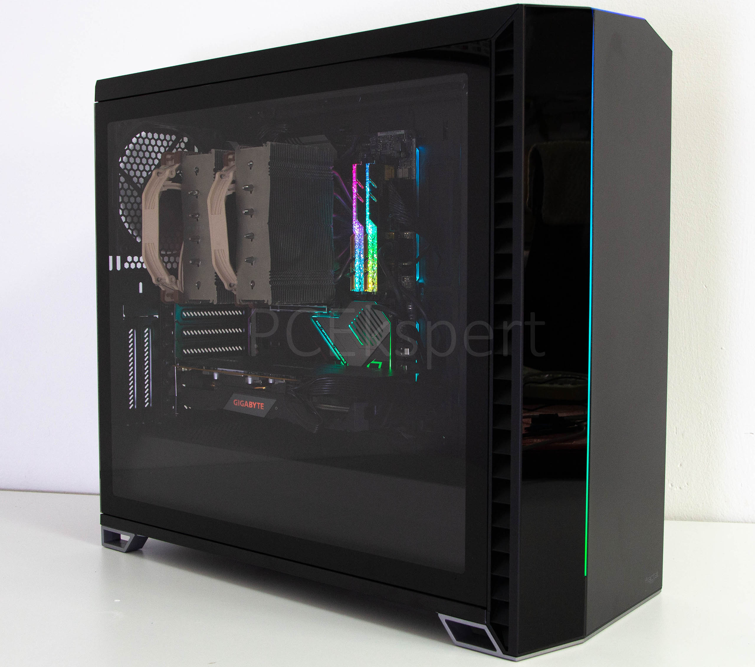 Fractal Design Vector RS recenzija
