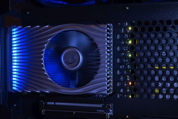 Zaboravite na Intel GPU za desktop računala ove godine