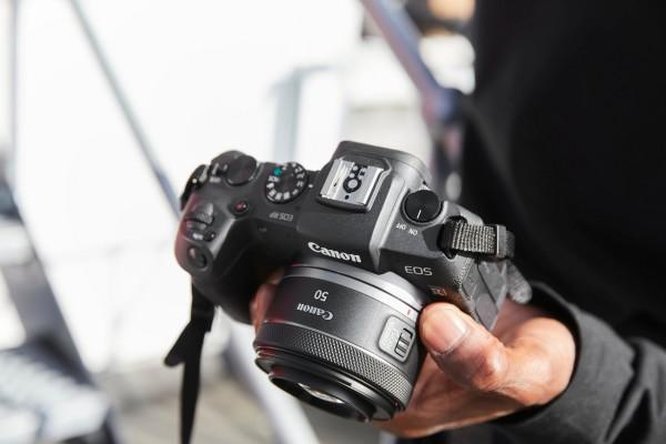 Canon predstavlja dva najpopularnija objektiva za liniju RF