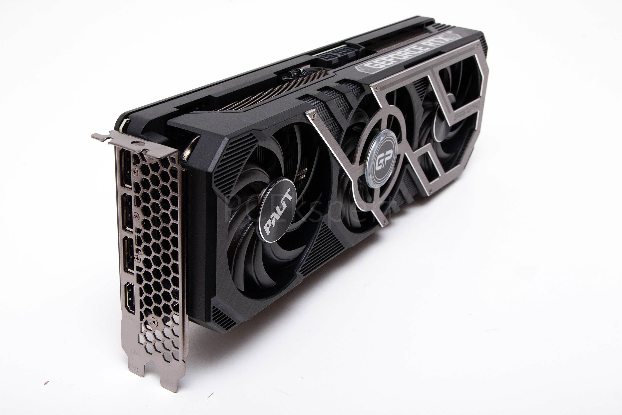 Palit GeForce RTX 3070 8 GB GamingPro recenzija