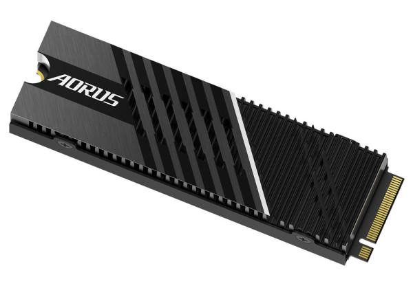 Gigabyte lansira AORUS Gen4 7000s