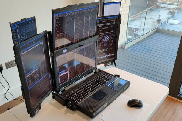 Prijenosno računalo sa 7 ekrana? Da, postoji i izgleda futuristički!