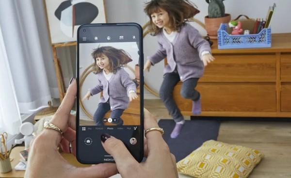 Juho Sarvikas odstupio iz HMD Globala, doma Nokia telefona