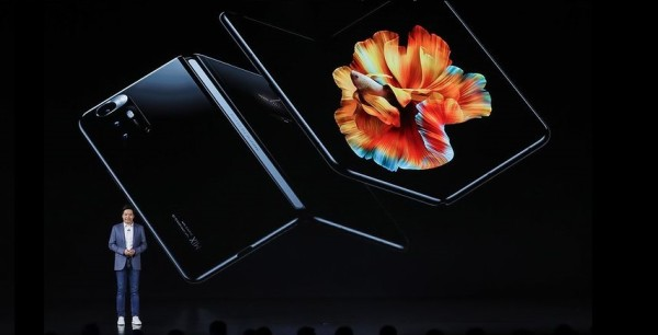 Smatra se da je Mi MIX Fold inferioran u odnosu na Samsung i Huawei