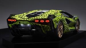 Life-size-LEGO-Technic-Lamborghini-Sian-FKP-37-3