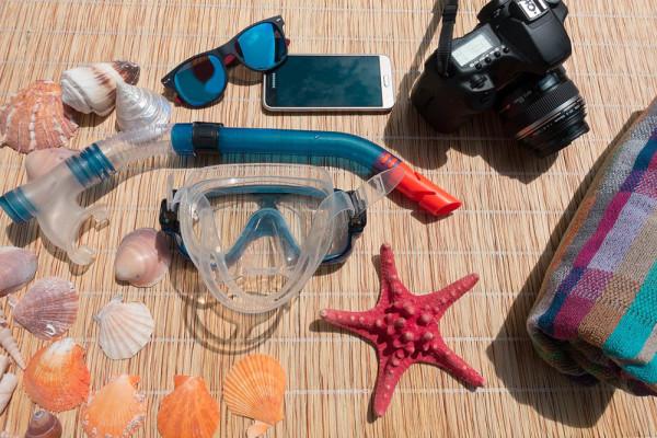 Zašto vaš mobitel ne voli plažu? Tko su mu neprijatelji?