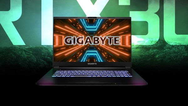gigabajt gaming komp (2)