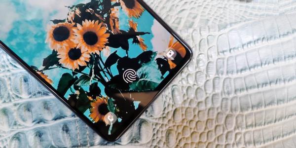 Samsung Galaxy A72 (3)