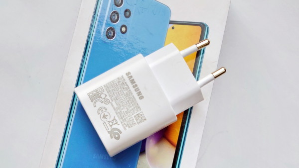 Samsung Galaxy A72 (6)